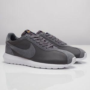 Nike -  Roshe LD-1000 QS - 842564 - 002 - Size 12